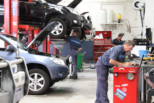 Car Servicing AUTO SERVICE 115 Dixon Rd Rockingham