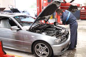 servicing BMW